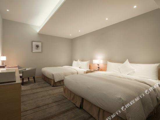 和逸飯店(高雄中山館)(Hotel Cozzi Zhongshan Kaohsiung)舒適四人房(無窗)
