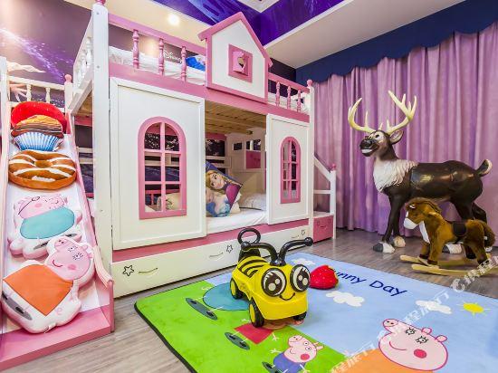 夢幻樂園親子主題公寓(廣州萬達廣場店)(Dreamland Family Theme Apartment (Guangzhou Wanda Plaza))冰雪奇緣親子滑梯三床房