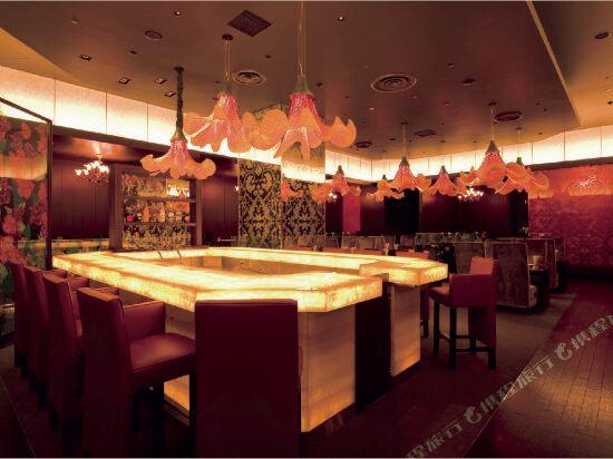 東京迪斯尼樂園大飯店(R)(Tokyo Disney Hotel (R))餐廳