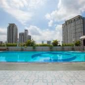 阿卡拉查普拉羅普水門市場公寓酒店