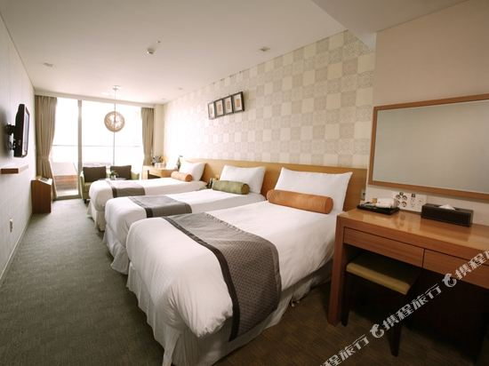 首爾明洞PJ酒店(PJ Hotel Myeongdong Seoul)豪華三人間