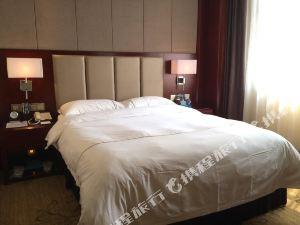湘鄉華龍華天大酒店
