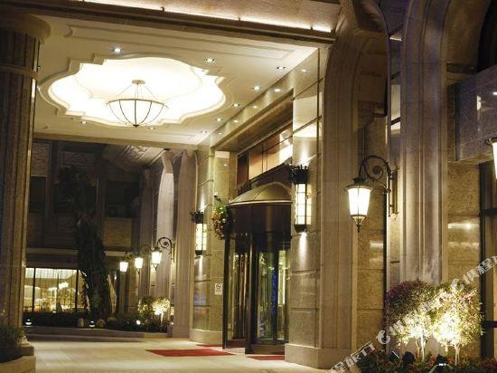 高雄義大天悅飯店(E-Da Skylark Hotel)外觀