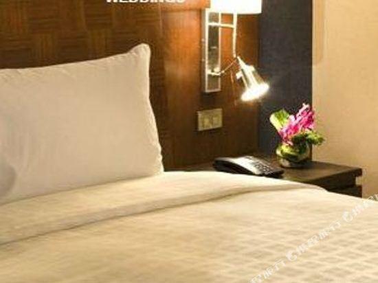 曼谷素萬那普機場諾富特酒店(Novotel Bangkok Suvarnabhumi Airport)行政套房