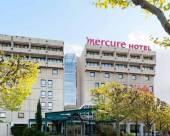 巴黎凡爾賽門展覽中心美居酒店