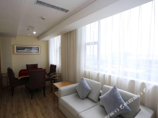 天和酒店(深圳機場T3航站樓店)(Tianhe Hotel (Shenzhen Airport Terminal 3))豪華休閒套房