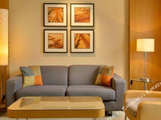 新加坡君悦酒店(Grand Hyatt Singapore)俱樂部豪華雙床房