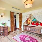 瑟維瓦納套房度假酒店