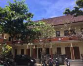 巴厘島古納曼荼羅民宿