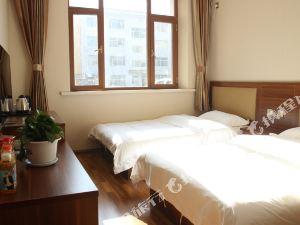 四平名澤楓潤酒店