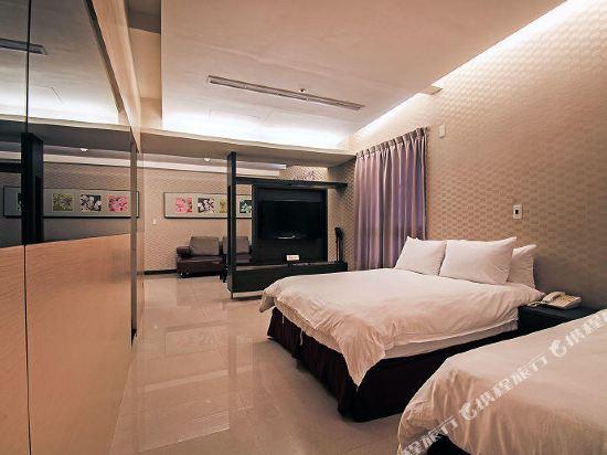 高雄宮賞藝術大飯店(KUNG SHANG DESIGN HOTEL)宮賞三人套房