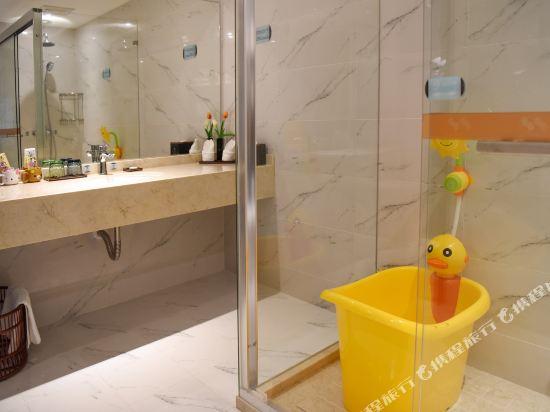 薩維爾金爵·鹿安酒店(上海國際旅遊度假區浦東機場店)(Savile Knight Lu'an Hotel (Shanghai International Tourism and Resorts Zone Pudong Airport))小黃人主題親子房