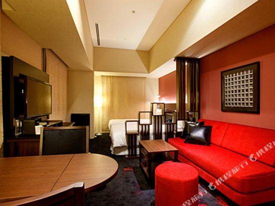 東京汐留皇家花園酒店(The Royal Park Hotel Tokyo Shiodome)豪華特大床房(高級樓層)