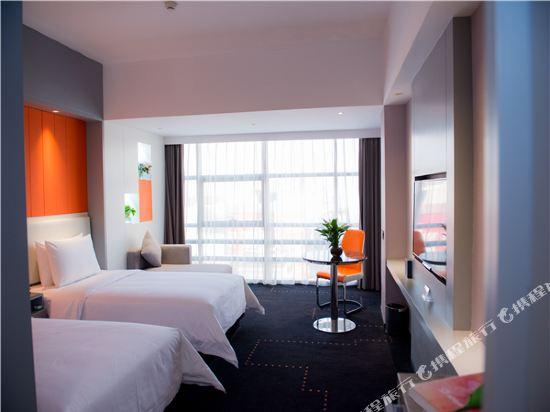 世紀星連鎖艾尚酒店(佛山國際傢俱城店)(Aishang Hotel (Foshan International Furniture City))高級雙床房