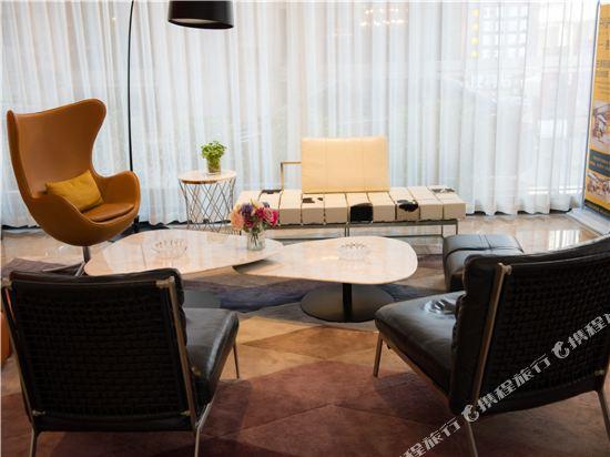 世紀星連鎖艾尚酒店(佛山國際傢俱城店)(Aishang Hotel (Foshan International Furniture City))大堂吧