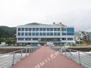 松亭濱海度假村(SongJeong Marina Resort)
