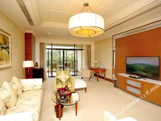 中山雅居樂長江酒店(Agile Changjiang Hotel)高爾夫景觀總統套房