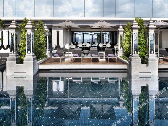 曼谷瑞吉酒店(The St. Regis Bangkok)室外游泳池