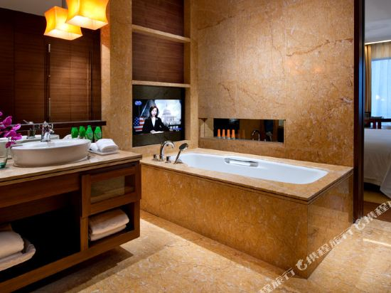 東莞厚街國際大酒店(HJ International Hotel)名仕大床房