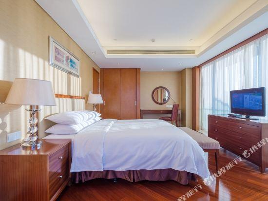 千島湖綠城度假酒店(1000 Island Lake Greentown Resort Hotel)3號樓270度湖景套房