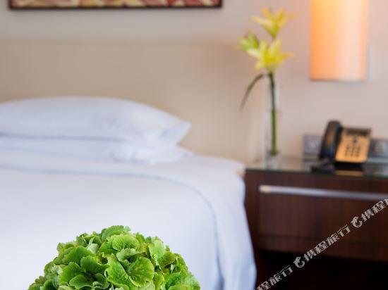 澳門君悅酒店(Grand Hyatt Macau)噴泉景俱樂部特大號床間