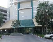4月2號公寓,曼谷市中心地段,湄南河河景房,無邊泳池 2分店