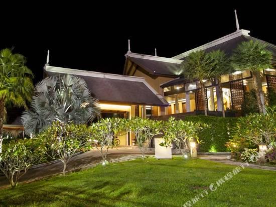 拉威棕櫚灘度假酒店
