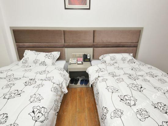 尚品假日酒店(廣州新白雲國際機場店)(S P Holiday inn)商務雙床房