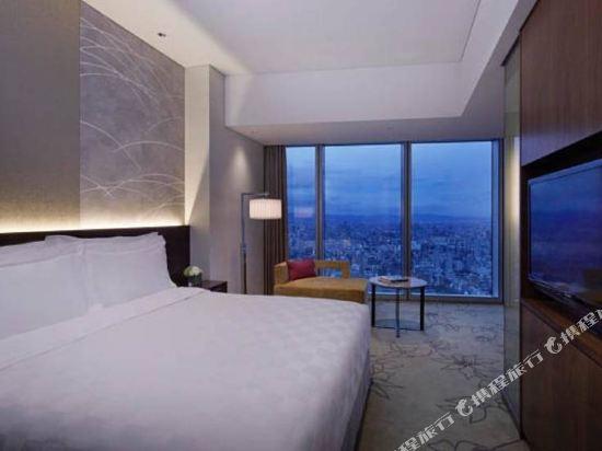 大阪萬豪都酒店(Osaka Marriott Miyako Hotel)城景高級大號床房