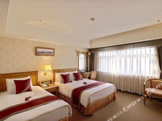 台北天成大飯店(Cosmos Hotel Taipei)豪華三人房