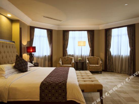 佛山高明碧桂園鳳凰酒店(Gaoming Country Garden Phoenix Hotel)豪華套房