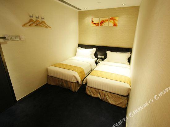 香港逸林酒店(Noblepark Hotel Hong Kong)豪華四單床房