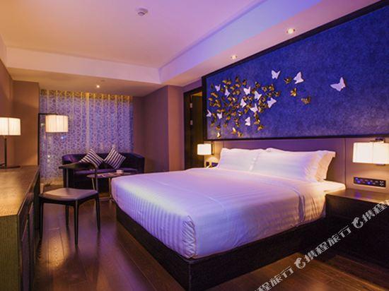 桔子水晶酒店(廣州白雲機場店)(原花都店)(Crystal Orange Hotel (Guangzhou Baiyun Airport))莊周夢蝶