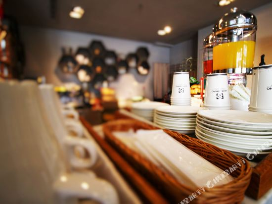 高雄宮賞藝術大飯店(KUNG SHANG DESIGN HOTEL)咖啡廳