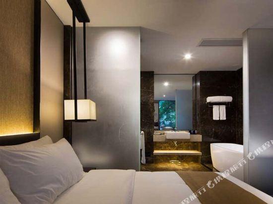 中濠精緻酒店(西鄉大道店)(Bbhol Elegant Hotel (Xixiang Avenue))輕奢精選房
