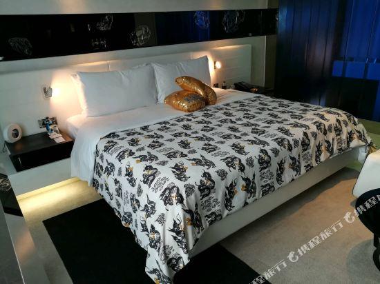 曼谷W酒店(W Bangkok Hotel)幻想套房