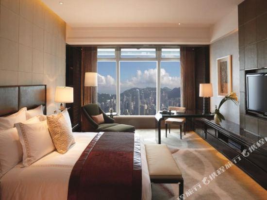香港麗思卡爾頓酒店(The Ritz-Carlton Hong Kong)豪華海景客房