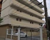 Suwanna公寓