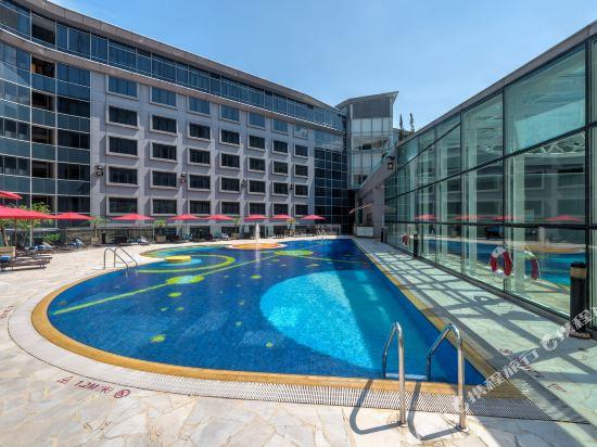 香港富豪機場酒店(Regal Airport Hotel)室外游泳池