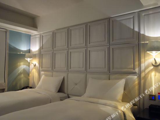 高雄雲端精緻旅館(The Cloud Hotel)雙床房