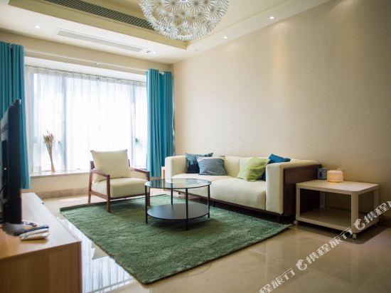 如花美宿酒店公寓(廣州琶洲會展中心店)(原優宿酒店公寓)(Ruhua Meisu Apartment Hotel (Guangzhou Pazhou Exhibition Center))二房一廳豪華套房