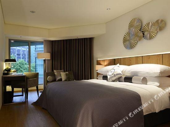 台北慕軒飯店(Madison Taipei Hotel)特斯拉經典客房