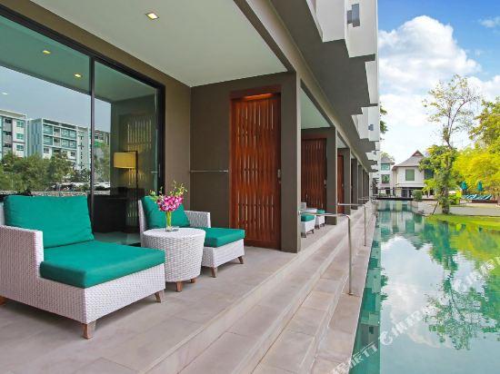 塞雷妮蒂華欣酒店(The Serenity Hua Hin)至尊直通泳池房