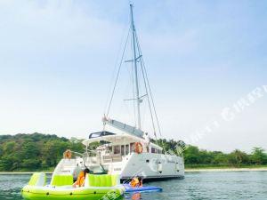 日出白帆遊艇船屋(White Sails Yacht Sunrise)