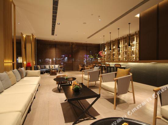雲和夜泊酒店(上海國際旅遊度假區野生動物園店)(Yun He Ye Bo Hotel (Shanghai International Tourist Resort Wild Animal Park))大堂吧