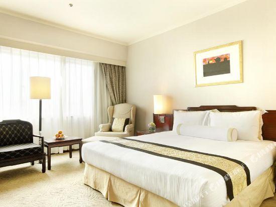 台北福華大飯店(Howard Plaza Hotel)行政高級特大號床間