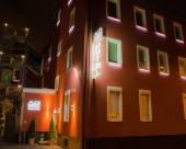 阿爾法&歐米茄酒店