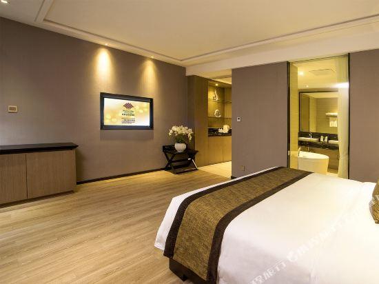 珠海鳳凰谷假日酒店(Phoenix Valley Holiday hotel)B座行政大床房