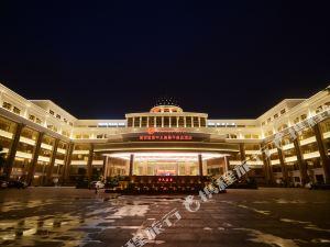 深圳寶安中天美景華美達酒店