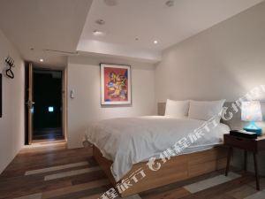 台中快樂腳旅棧(Happy Inn & Hostel)